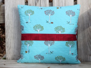 zigzig pillow back